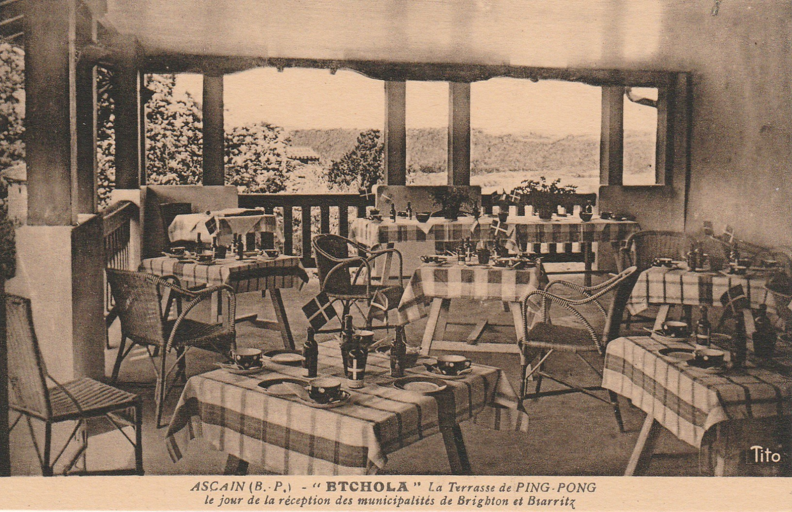 Hôtel Etchola breakfast room